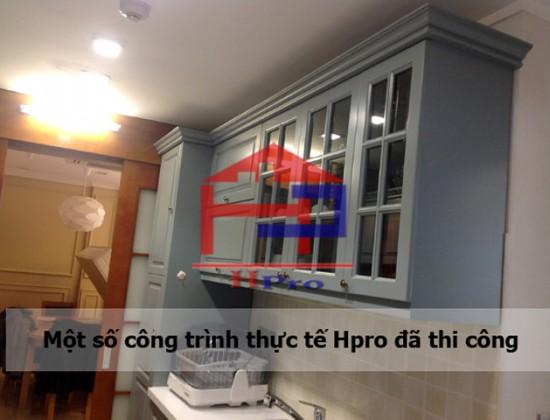 Tủ bếp gỗ sồi nga sơn màu ghi xanh nhà anh An