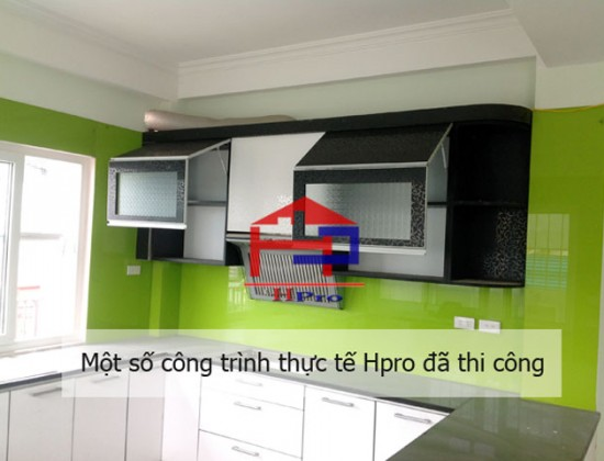 Tủ bếp Acrylic nhà anh Mạnh