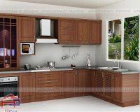 Tìm hiểu về dòng tủ bếp inox cánh gỗ xoan đào