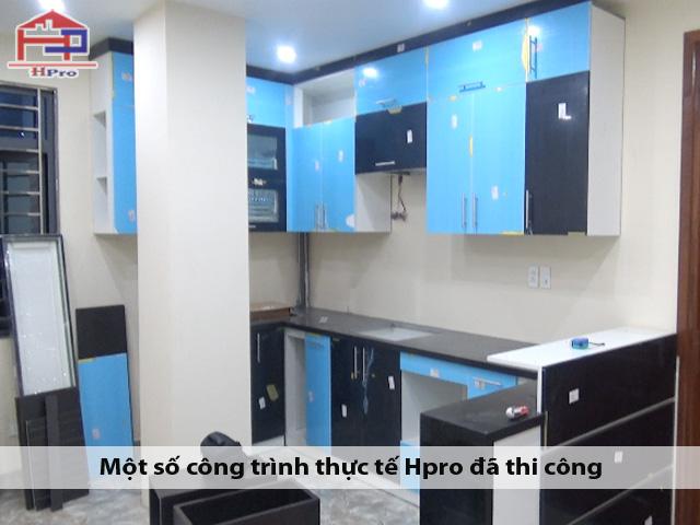 thi-cong-tu-bep-acrylic