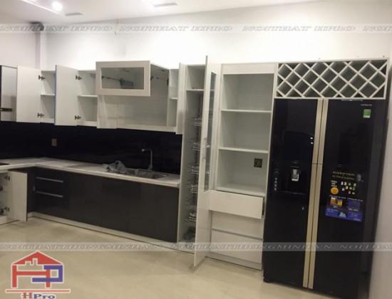 Hình ảnh thi công tủ bếp Acrylic nhà chị Hằng - Lào Cai