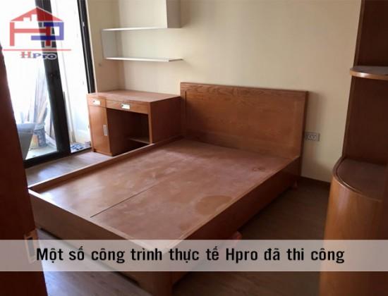 Giường gỗ xoan đào nhà chú Sáng