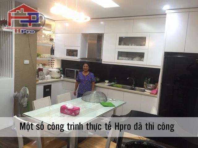 Hình ảnh thực tế bộ tủ bếp nhà cô Nga ngay sau khi bàn giao