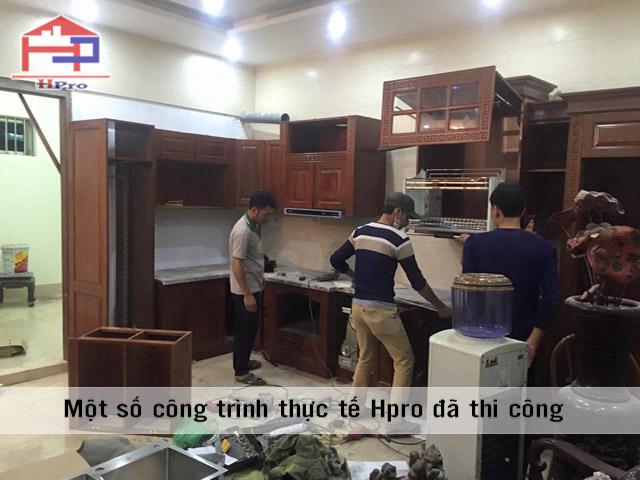 tu-bep-go-xoan-dao-nha-anh-manh-ha-dong-1