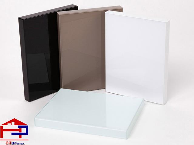 acrylic-khong-duong-line-1