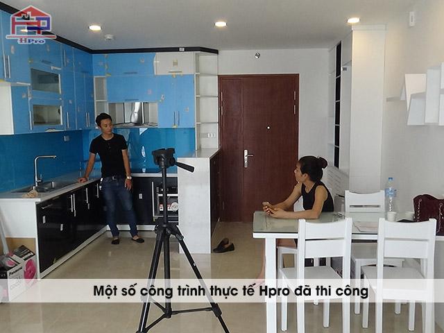Anh-thuc-te-noi-that-go-cong-nghiep-phong-bep-nha-chi-Huong