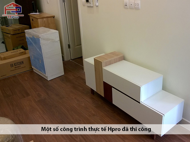 thi-cong-lap-dat-tu-bep-acrylic-an-cuong-nha-chi-van-3