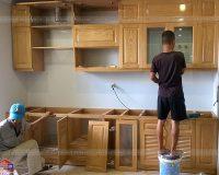 Đóngtủ bếp gỗ tự nhiên tại xưởng, mẫu mã đa dạng, giá rẻ nhất tại Hà Nội