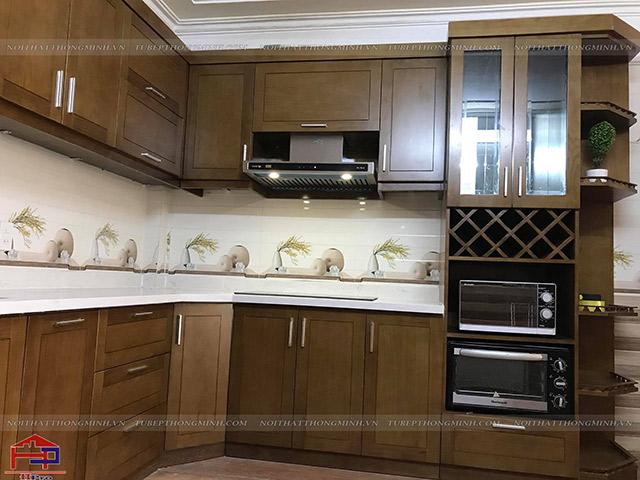 Ảnh thực tế tủ bếp gỗ sồi mỹ tự nhiên nhà chị Thắm- Quảng Ninh