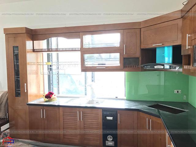 Ảnh thực tế tủ bếp gỗ sồi mỹ tự nhiên nhà anh Lệ- Sao Đỏ- Chí Linh- Hải Dương