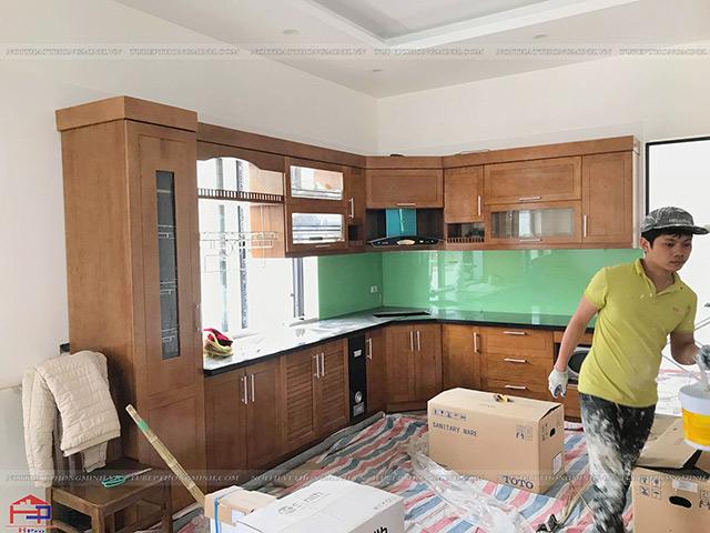 Ảnh thực tế tủ bếp gỗ sồi mỹ nhà anh Lệ- Sao Đỏ- Chí Linh- Hải Dương