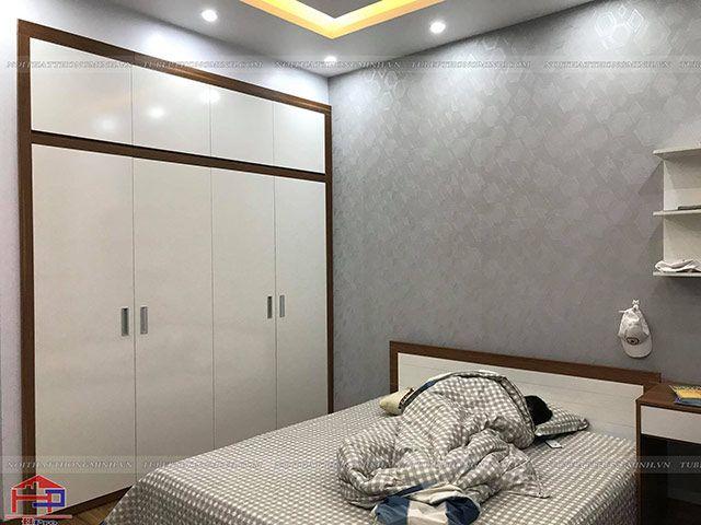 Ảnh thực tế giường ngủ và tủ áo gỗ melamine An Cường Hpro đã thi công hoàn thiện cho khách hàng