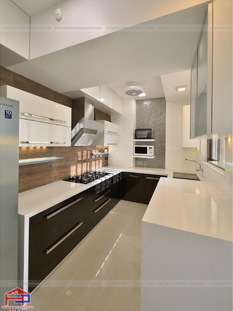 Mẫu thiết kế tủ bếp dưới màu trắng- đen án tượng cho nhà bếp hiện đại