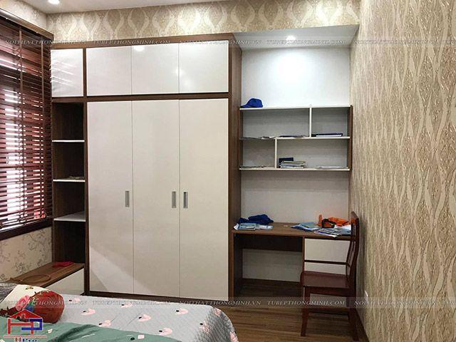Tủ áo và bàn học gỗ melamine An Cường phòng bé gái nhà anh Năng