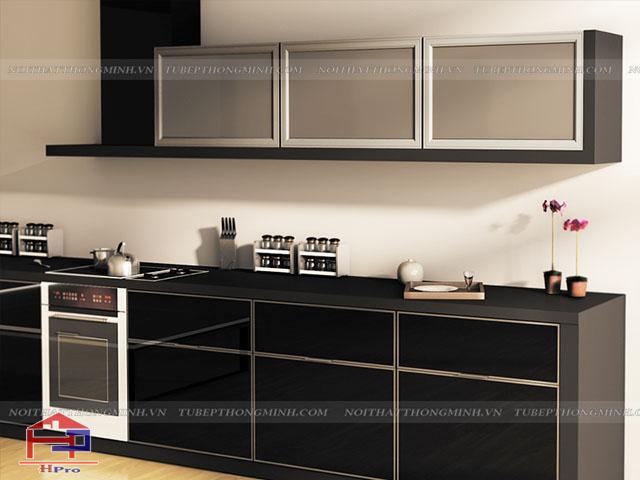 Các mẫu tủ bếp nhôm kính đẹp được thiết kế tủ bếp trên bằng kính trong suốt giúp không gian bếp thêm thoáng đãng hơn rất nhiều