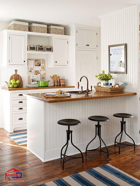 Mẫu thiết kế nhà bếp nhỏ hẹp được tích hợp quầy bar bếp mini tiện nghi