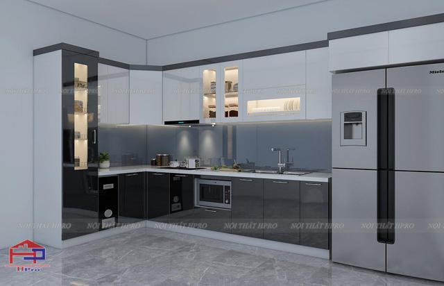 Mẫu tủ bếp đẹp được thiết kế dáng chữ I kịch trần bằng gỗ xoan đào màu cánh gián ấm cúng, sang trọng dành cho nhà bếp chung cư