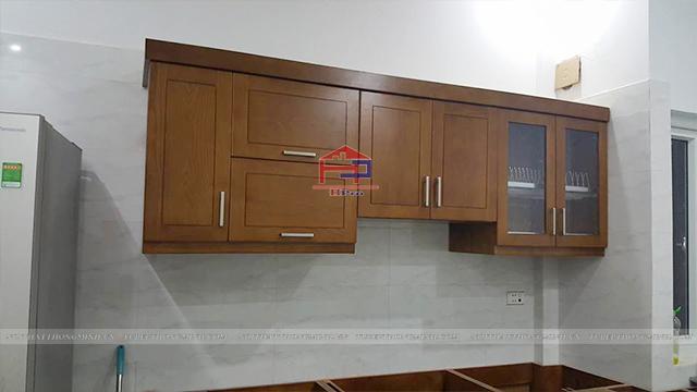 Ảnh thực tế tủ bếp gỗ sồi mỹ nhà chú Đức- Kim Mã trong quá trình thi công lắp đặt