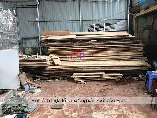 Chất liệu gỗ được nhập khẩu về tại xưởng sản xuất của Hpro