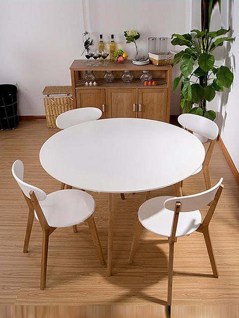 Mẫu bàn ăn cho phòng bếp nhỏ với màu trắng chủ đao tinh tế tạo cảm giác thoáng đãng và không gian trở nên rộng rãi