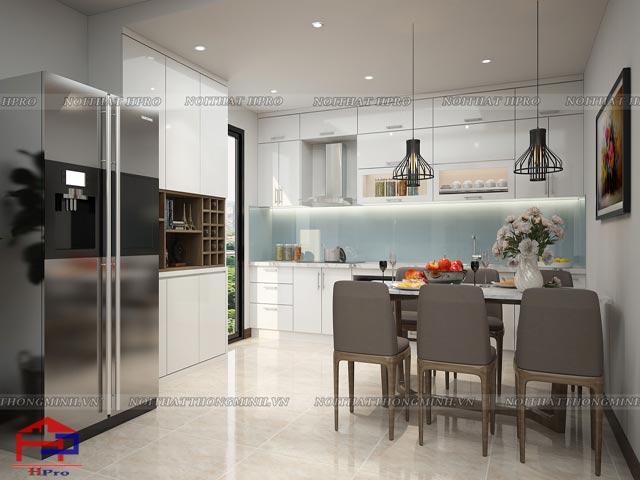 Mẫu phòng bếp chung cư đẹp được thiết kế với tone màu trắng chủ đạo tạo nên sự thoáng đãng và rộng rãi cho cả ngôi nhà