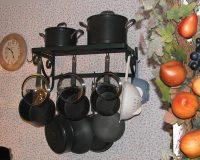 Giá treo xoong nồi trên tường – giải pháp thông minh cho gian bếp gọn gàng, tiện nghi
