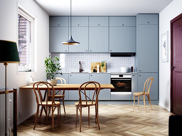 Mẫu nhà bếp 12m2 với kiểu tủ bếp chữ I nhỏ xinh màu xanh thiên thanh mang đến một không gian tươi mới và nhẹ nhàng