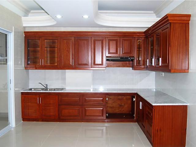 Tủ bếp gỗ căm xe việt nam có độ bền khoảng 20 năm