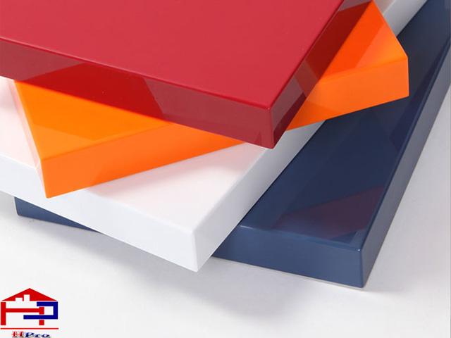 acrylic-bong-guong-dan-canh-khong-duong-line