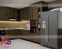 Tủ bếp màu gỗ mang nét cổ điển ấm cúng vào căn nhà bạn
