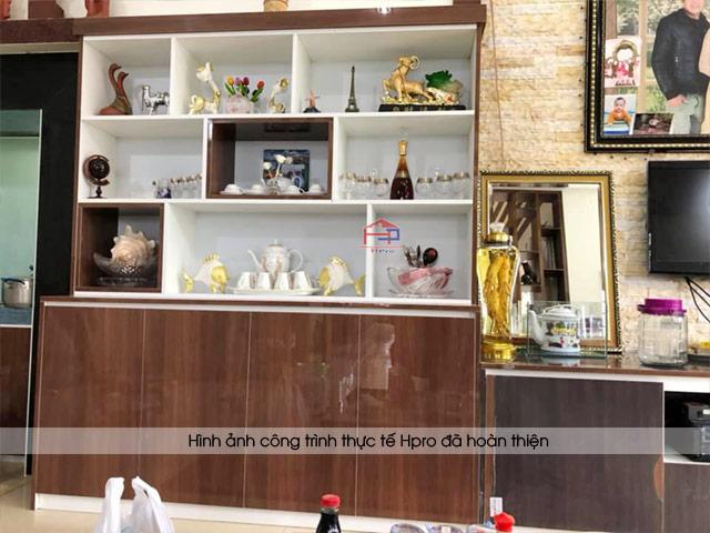 anh-thuc-te-tu-ruou-tu-trang-tri-acrylic-nha-co-hang-pho-yen-thai-nguyen-2