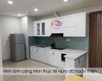 tu-bep-acrylic-va-noi-that-nha-chi-hien-5