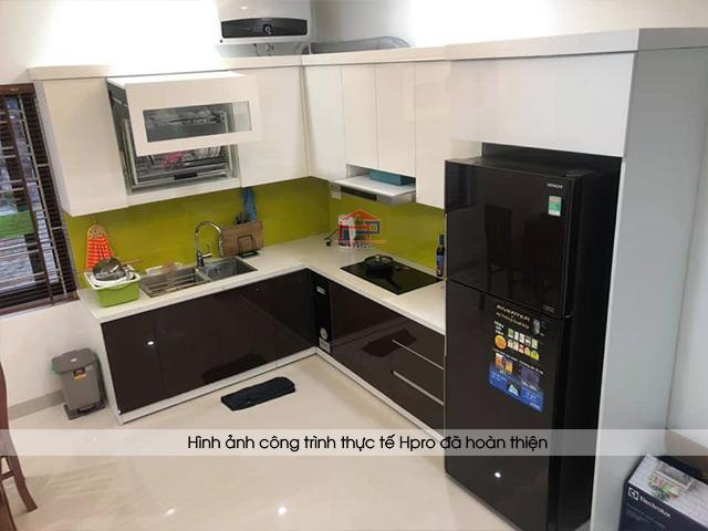 cong-trinh-tu-bep-go-cong-nghiep-acrylic-nha-chi-huong-nguyen-van-cu-2