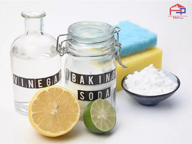 ve-sinh-dau-mo-nha-bep-bang-baking-soda